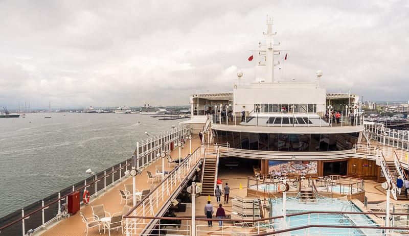 Rundgang und kennenlernen des Schiffs im Hafen von Southampton